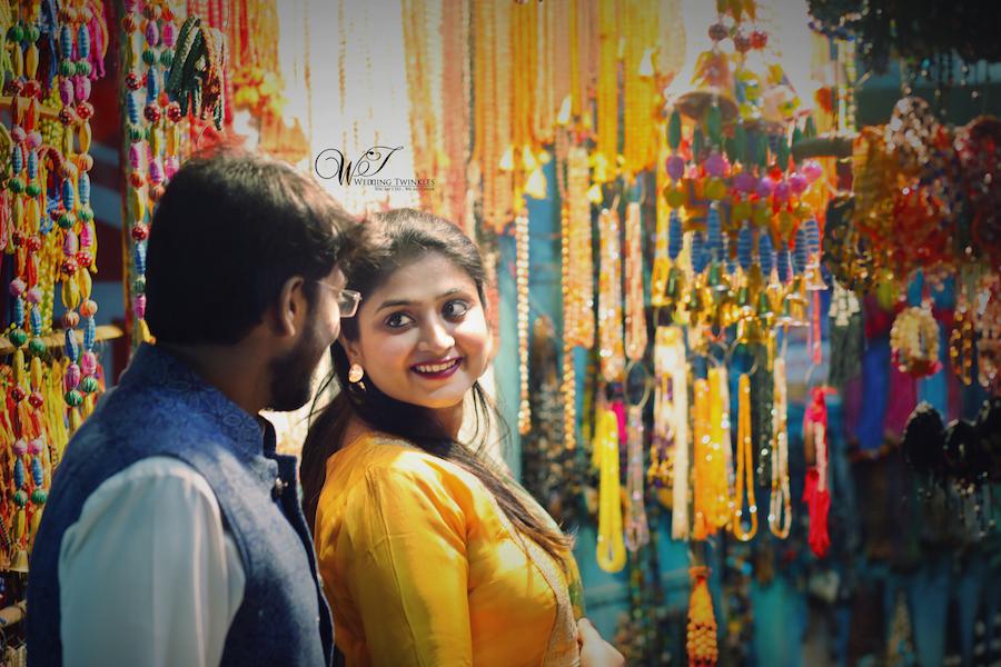Banaras local market pre wedding photoshoot