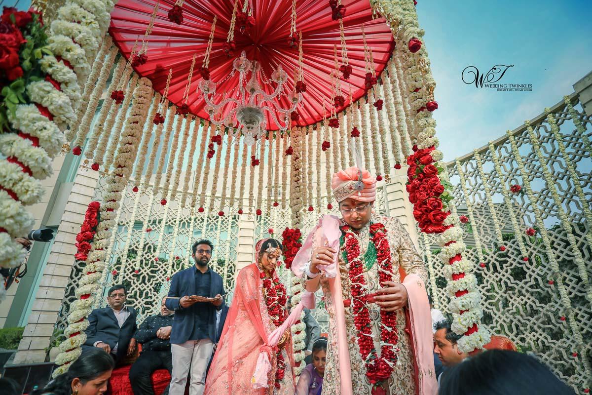 hindu wedding ceremony Pheras