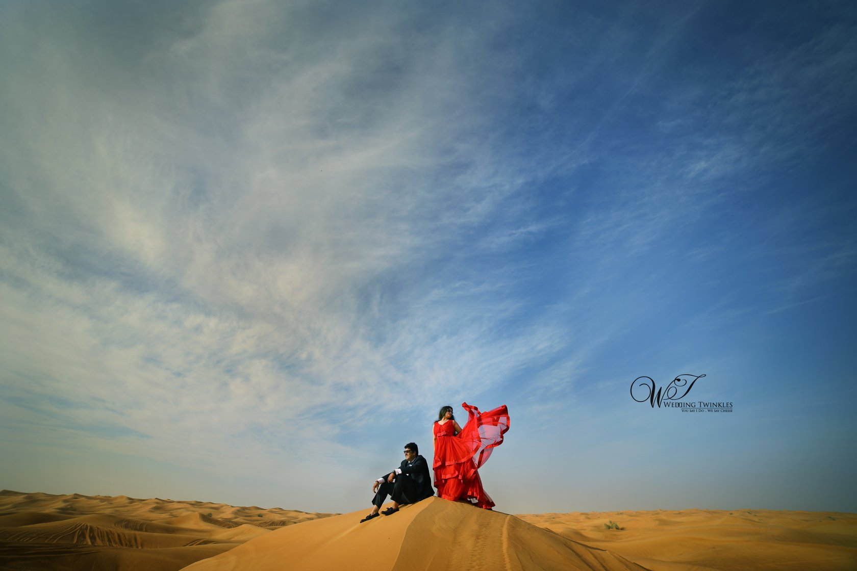 Desert pre wedding Photoshoot
